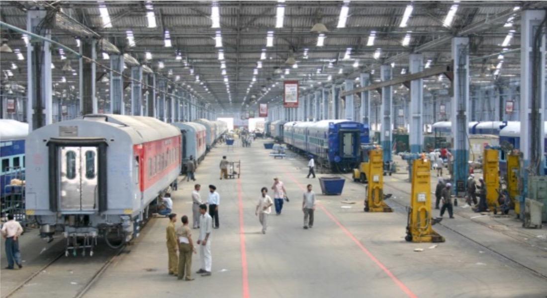 RRC RRB Recruitment 2019 : रेलवे में निकली 1.42 लाख नई वैकेंसी - Apply Now